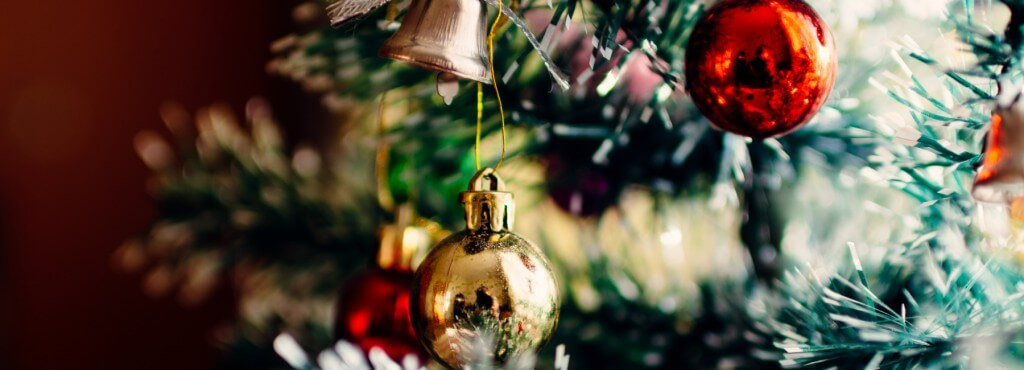 Mopinion: User experience tips that will keep your customers happy this holiday season - Feature Image