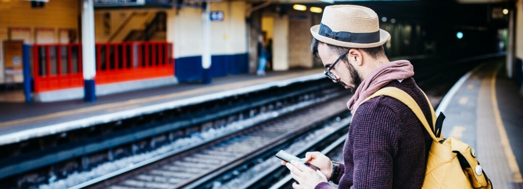 How to improve mobile experience using digital feedback - Cover image