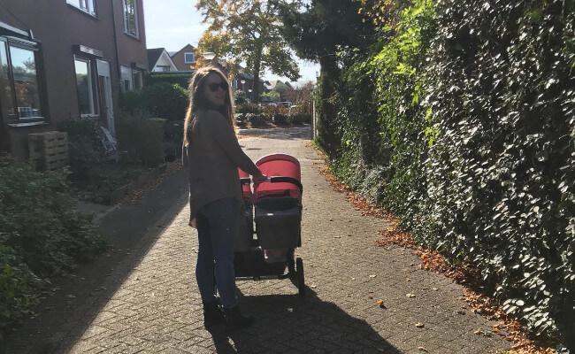 Mopinion: Employee in the Spotlight: Thiara Beijl - Walking with the twins