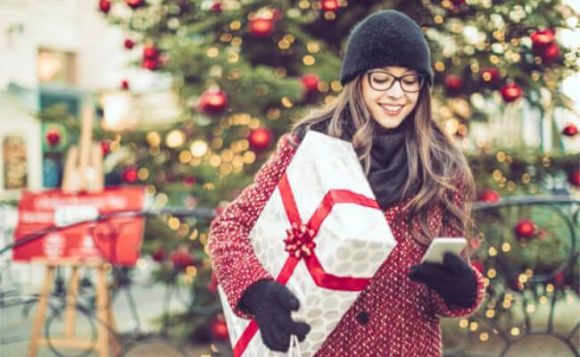 Mopinion: 4 Tips for a 'Jolly' Digital Customer Experience this Holiday Season - Mobile Shopping